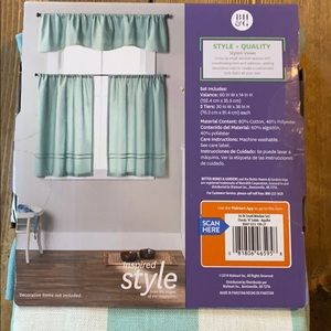 Better Homes And Gardens Accents - Better homes & gardens small window curtain set